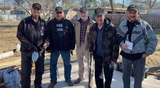 Group of veterans with Albert